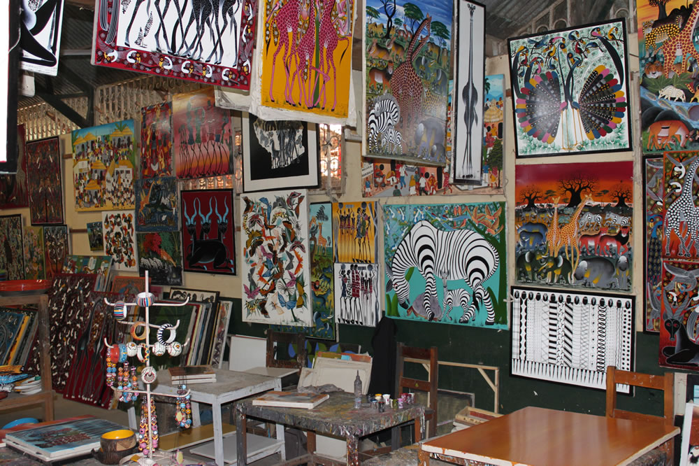 Tinga Tinga artists studio